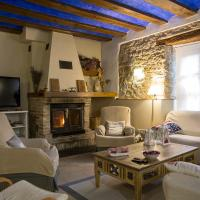 Casa Rural Villazón II - A 16 km de Pamplona, hotel in Obanos