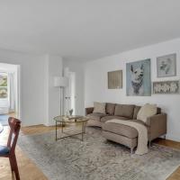 1 Bedroom Downtown Condo Amazing Location*Self Check-in**(Top Pick)