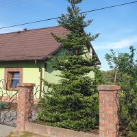 Zielona Mila Dom Wakacyjny, hotel in Cekcyn