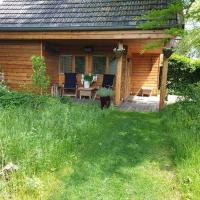 Blokhut in achtertuin, hotel in Valkenswaard