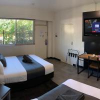 The Stuart Hotel-Motel