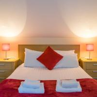 The Courtyard Apartments, hotel in Carrick on Shannon