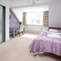 Sunny Summertown Oxford 3BR Apartment Plus Parking