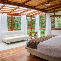 San Isidro Lodge, hotel em Cosanga