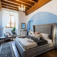 Historic center Palace - Huge 4 bedrooms Santa Croce apartment apartment - AC in all rooms