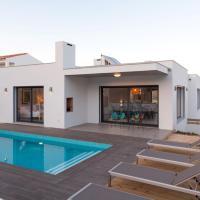 Cairnvillas Le Maquis - Spacious Luxury Villa with private pool near beach