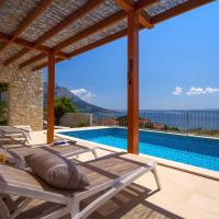 Villa Oslo - luxury place with sea views & heated pool, 300m far from sandy beach