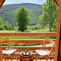 Drveni raj Uvac, hotel u gradu Sjenica
