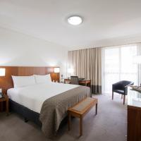 Majestic Roof Garden Hotel, hotel in Adelaide