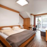 Hotel Alpenhof, отель в городе Бад-Хофгастайн