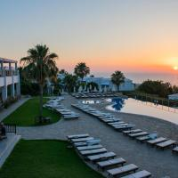 Theo Sunset Bay Hotel, hotel in Paphos