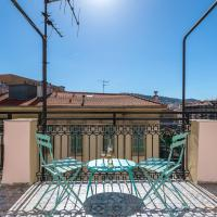 Squared Head-Apartment with Terrace in Nice