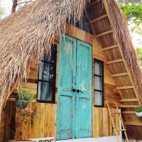 Kwentong Dagat Beach Resort, hotel in Zambales