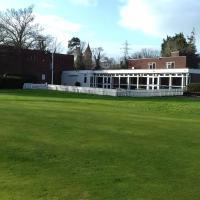 Ellesmere Port Golf Club, hotel in Little Sutton