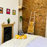 Boutique Apartment in Heart of St Leonards on Sea, hotel in Hollington