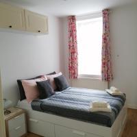 Dream Time Apartments-Aqua Suite