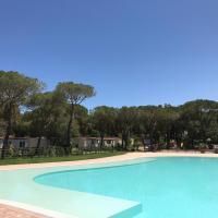 Camping I Melograni, hotell i Marina di Bibbona