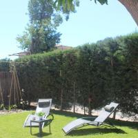 Agréable maison 4-5personnes, 75m2, centre village, jardin et wifi