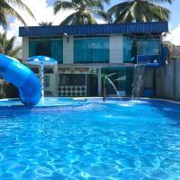 Hotel La Cascada - Lago Agrio, hotel em Nueva Loja