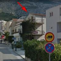 Apartments with a parking space Makarska - 17224