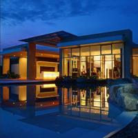 Stay in Studio unit Kasara Urban Resort Residences, hotel sa Maynila