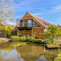 The Loft : Luxury Countryside Retreat for Family & Friends, hotel in Clipston