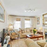 Royal Mews - Sleeps 4 - Gated Mews With Free Parking