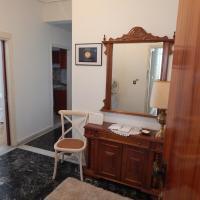 Zira Holiday House, hotel in Makrygialos