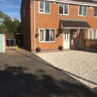 Hinckley Home Sleeps 7 Complete house