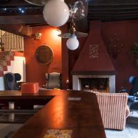 """Casa Rural con encanto """"Los Postigos"""", hotel en Baños de Montemayor"""