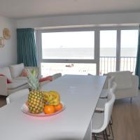 Prachtig ingericht appartement met frontaal zeezicht in Duinbergen