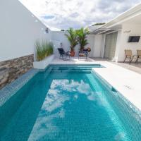 Playa Herradura Luxury Villa 97, hotel in Herradura