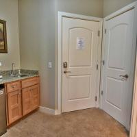 Unit 431B 1Bd/ 1Ba Efficiency Suite Condo