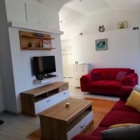 Apartments Hana, hotel in Goveđari