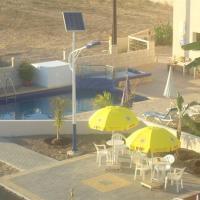 Marios Apartments, hotel in Perivolia