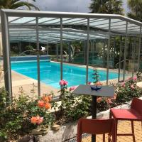 Hotel Restaurant Spa Aigue Marine, hotel u gradu 'Tréguier'