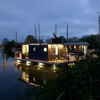 Housboat Verhuur