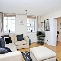 Comfy 2 bed on West Bow overlooking Grassmarket