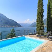 Luxury villa on the first line of Lake Como