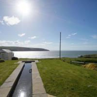 Holiday Home Tully Hip