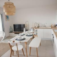 La Londe La Mer : appartement proche plages & vue superbe sur les îles d'or
