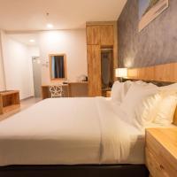 Adya Hotel Chenang