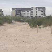 Cosy Castlerock Beside Beach Golf Course STILL OPEN, hotel a Castlerock