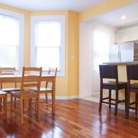 Shared Modern Apartment, 3 rooms, hotel in Queens