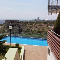 Loft deluxe with city view, pool and gym