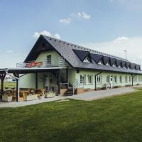 Guest House Na Hřišti, hôtel à Leština