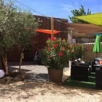 Coté jardin, hotel in Les Vans