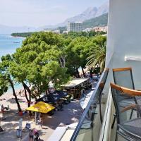 Luxury penthouse on Makarska beach