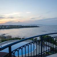Sunset Vibes in Arapya - Breathtaking Views + POOL, hotel sa Arapya