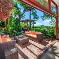 Unique, tropical rainforest getaway, hotel em Cairns